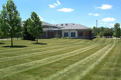 commercial mowing troy ohio